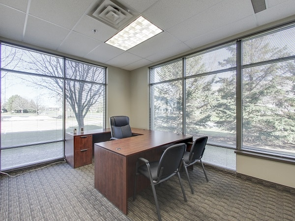 5775 12th ave e, shakopee, office
