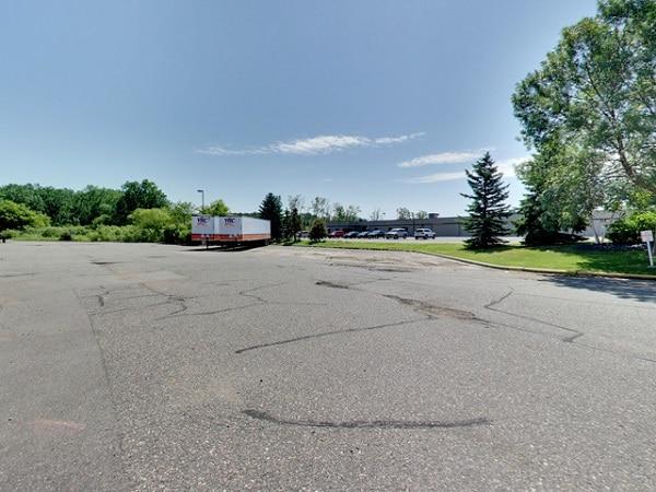 7624 bbone ave, brooklyn park, trailer parking