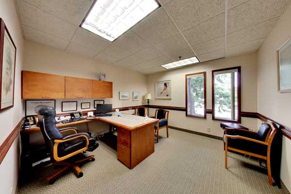 8053 E Bloomington Fwy, executive office