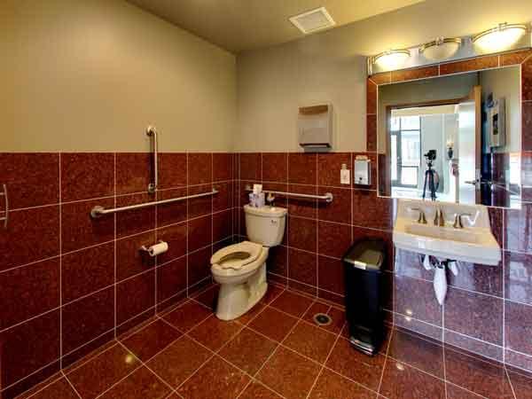 150 3rd Ave Bathroom