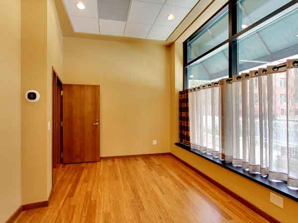 150 3rd Ave Office